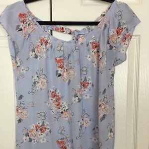 Floral blouse, never worn